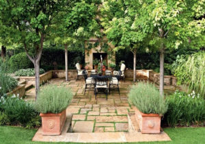 Turn Your Backyard into a Summertime Oasis